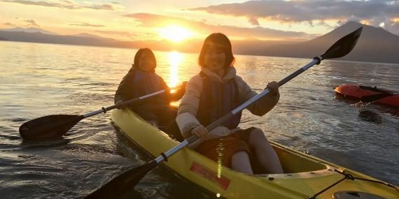 """Presented by the locals: """"Our beloved Lake Shikotsu. This is where we live!"""" A journey of 1 night and 2 days to the Nature and Everyday Life of Shikotsu-Tōya National Park"""