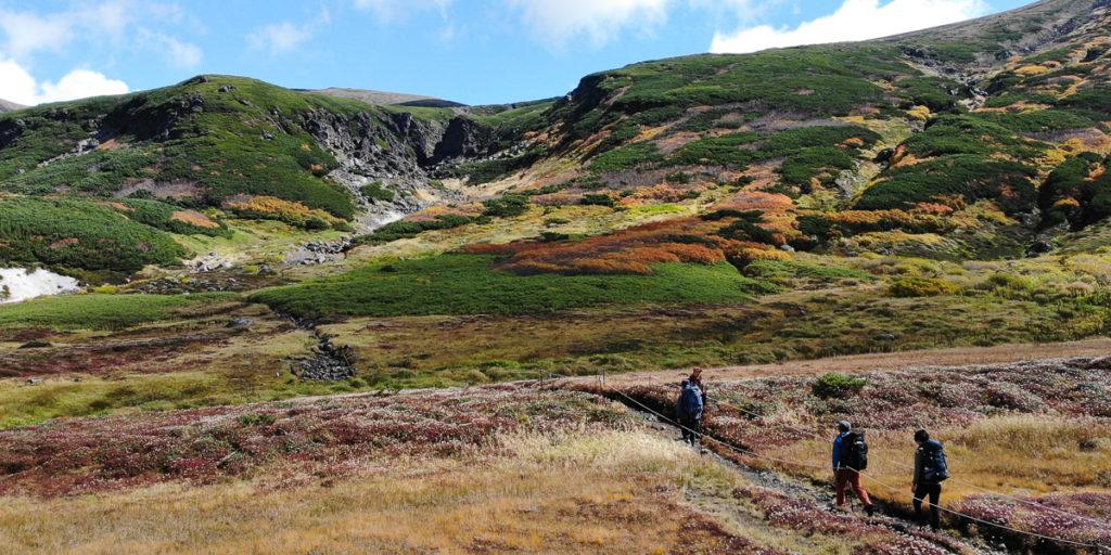 Nakadake Onsen Explorer 1-Day Guided Hiking Tour